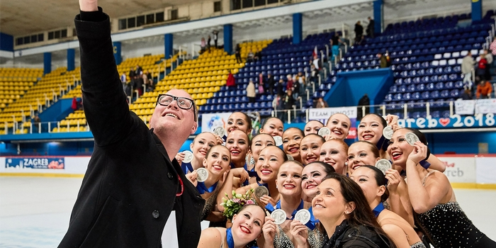 SKYLINERS SYNCHRONIZED SKATING TEAM MAKES U.S. HISTORY, WINS SILVER AT JUNIOR WORLDS