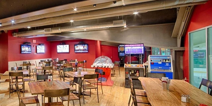 Check out Stamford's All Star Bar & Grill at Chelsea Piers